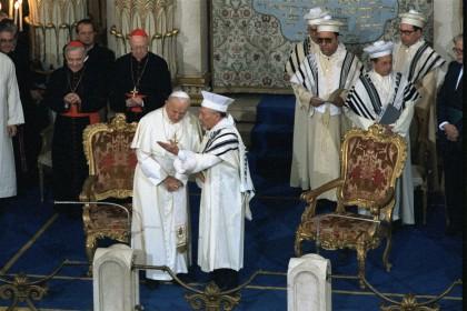 Rencontre du pape Jean-Paul II et du Grand Rabbin Toaff, Grand Temple, Rome (13 avril 1986)