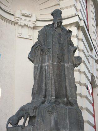 Statue du rabbi Loew, Hôtel de ville, Prague