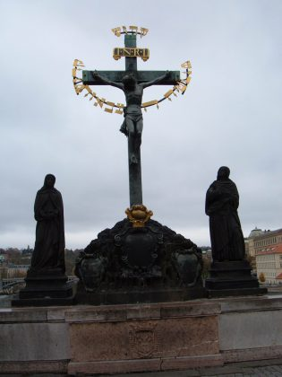 Christ en croix, pont Charles, Prague