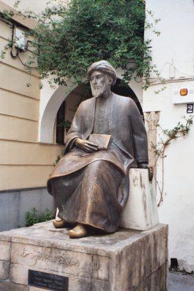 Statue de Maïmonide dans l'ancienne Judería de Cordoue
