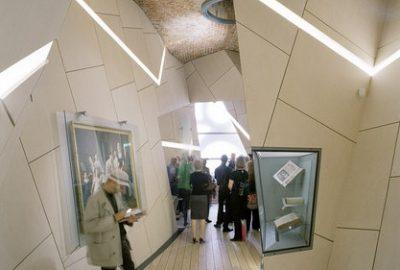 Le style particulier du musée a été influencé par l'opération de sauvetage pendant la Shoah. Le mot « mitsvah » constitue à la fois l'emblème et le concept du musée. Il marque l'expérience positive qui résume bien la vie juive au Danemark et l'extraordinaire acte entrepris en 1943 par la population.