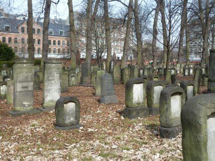 Le plus vieux cimetière juif de la Scandinavie, vieux de quatre siècles situé à Copenhague