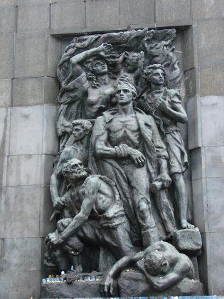 Monument aux Héros du Ghetto de Varsovie