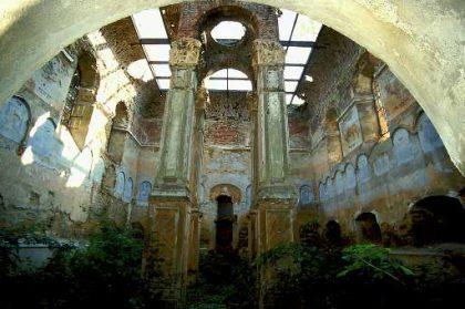 La synagogue de Rimanow avant sa restauration en 2005