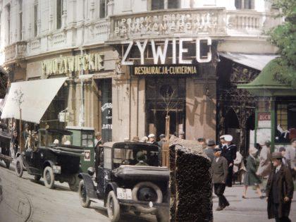 Une rue de Varsovie avant la Seconde Guerre mondiale