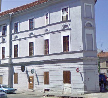 Construite en 1827, la synagogue a été inscrite au patrimoine national de Roumanie