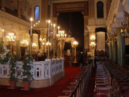 Vue intérieure de la synagogue Buffault dans le 9e arrondissement de Paris